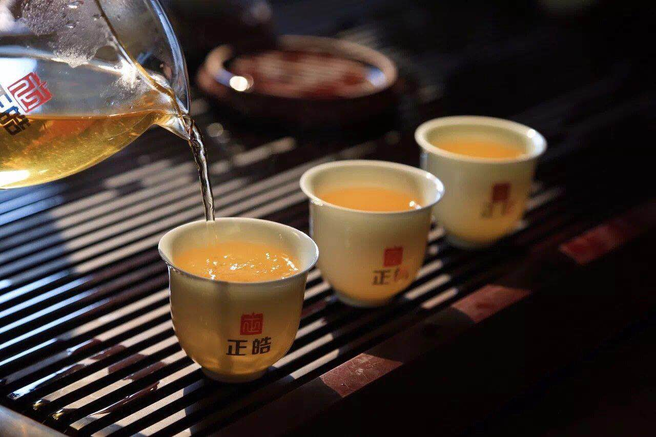在家喝茶,或许才是我们对抗疫情的贡献